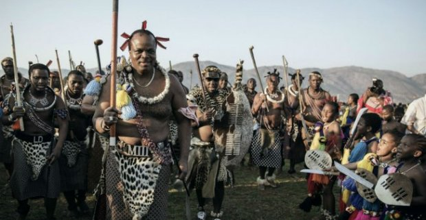 king-mswati-swaziland-1904 by Gianluigi Guercia
